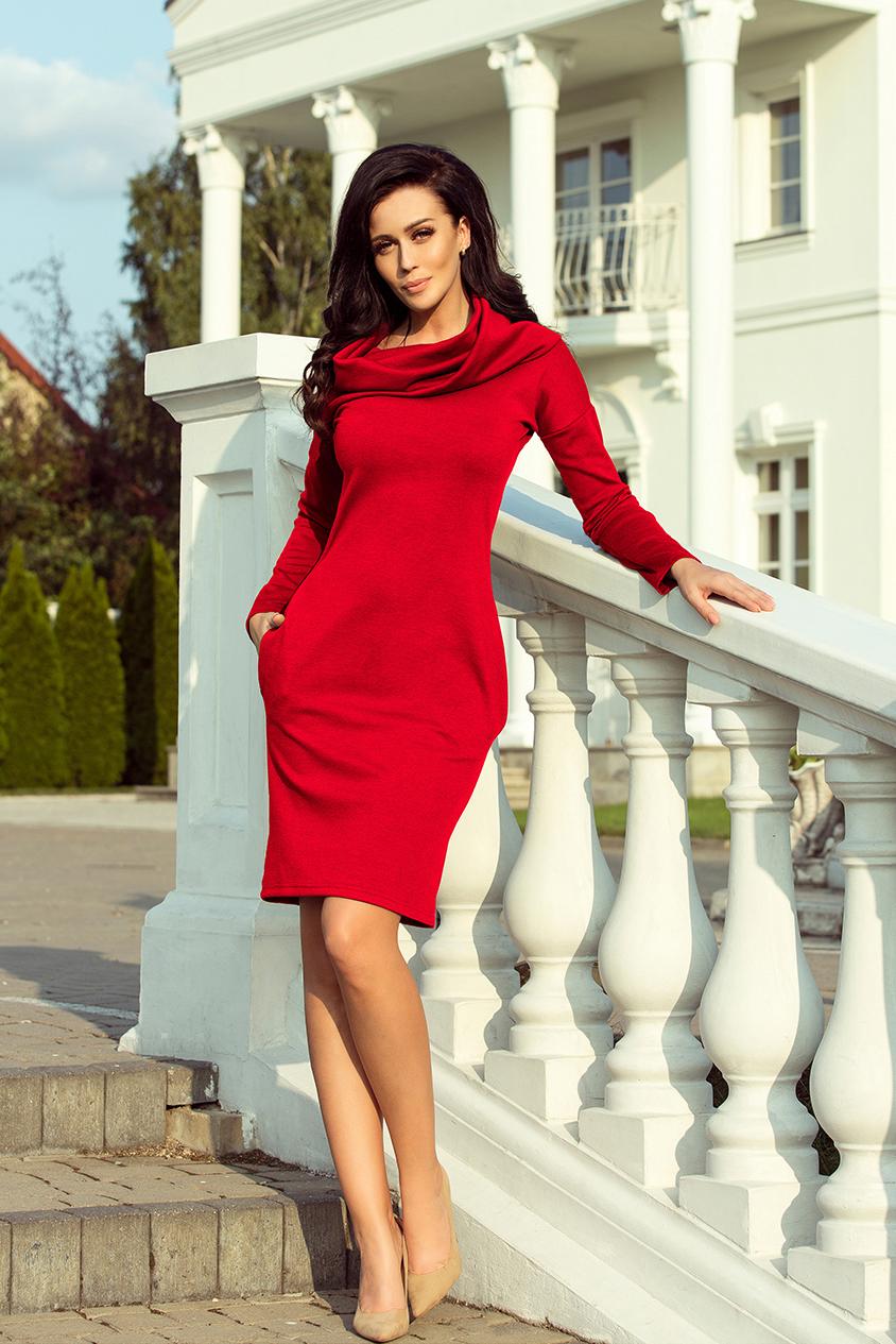 131-9 Teplé šaty s kapsami a rolákem - červená    Numoco CZ c32bdc2ea5